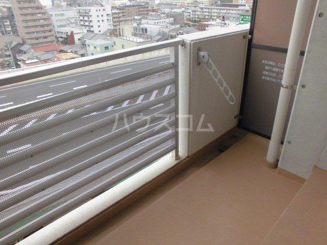 アマーレ東海通 905号室のバルコニー