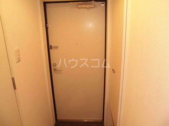 アマーレ東海通 905号室の玄関