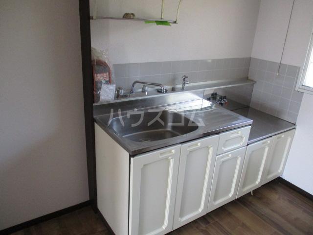 パナハイツ高山 102号室のキッチン