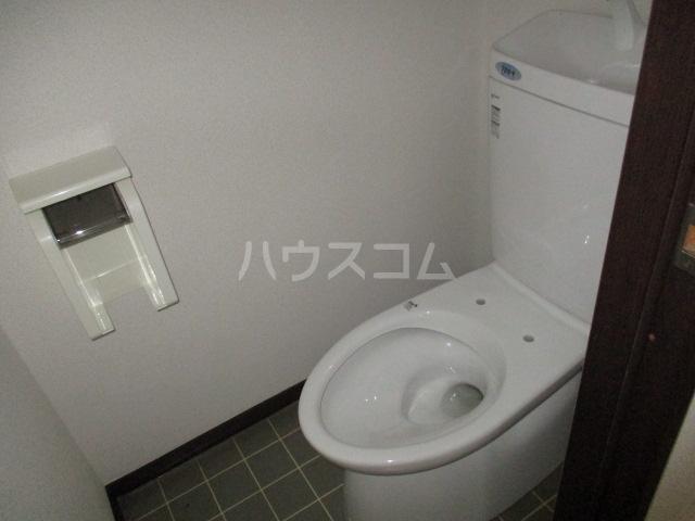 パナハイツ高山 102号室のトイレ