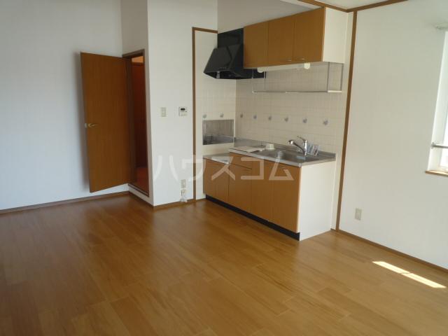フローレンス古田 B 202号室のキッチン