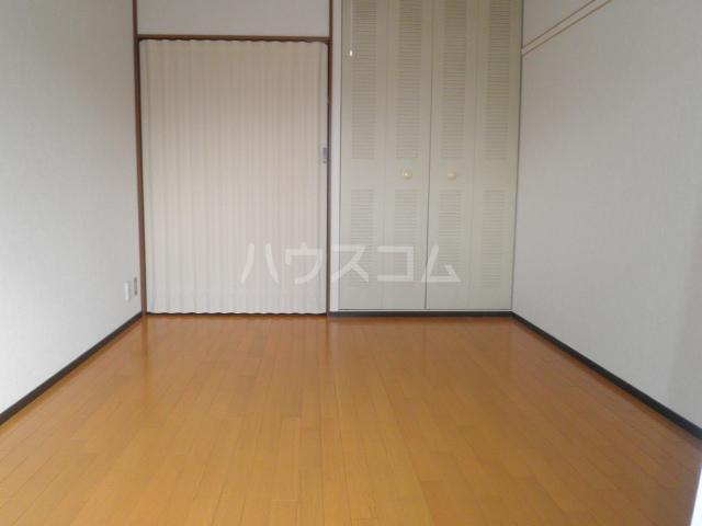 ビューライフHINO B 211号室の居室