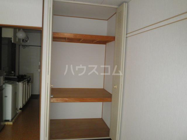 ビューライフHINO B 211号室の収納