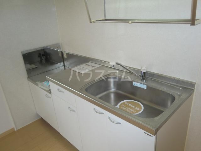 カトルセゾン B 105号室のキッチン