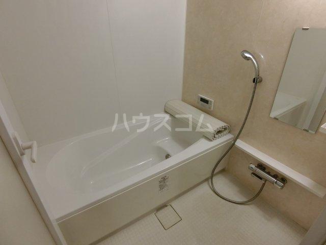 メゾンシャルドネ県庁南 103号室の風呂