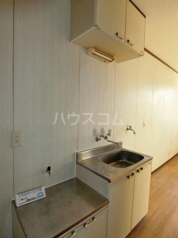 RED81 215号室のキッチン
