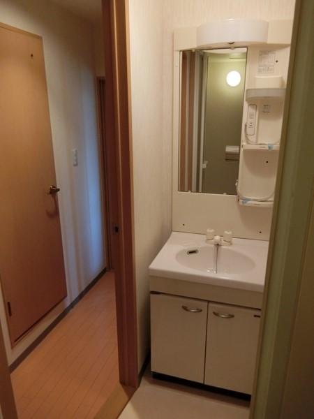 ヌーベルバーグ 302号室の洗面所