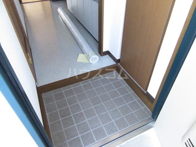 マンションアルティア Ⅱ 105号室の玄関