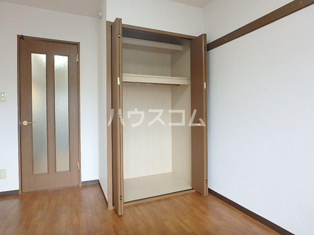 マンションアルティア Ⅱ 302号室の収納