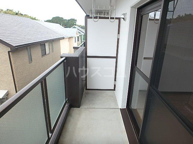 マンションアルティア Ⅱ 302号室のバルコニー