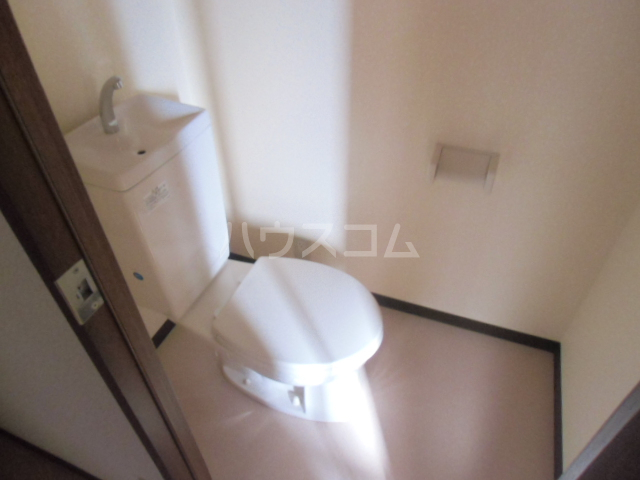 D-FELLOW 506号室のトイレ