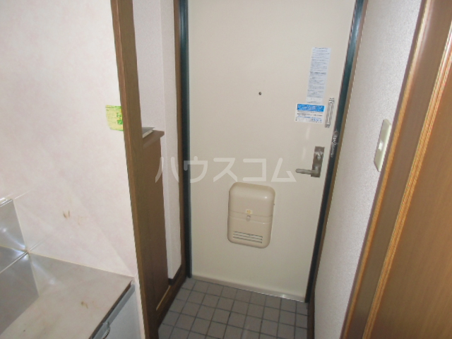 D-FELLOW 506号室の玄関
