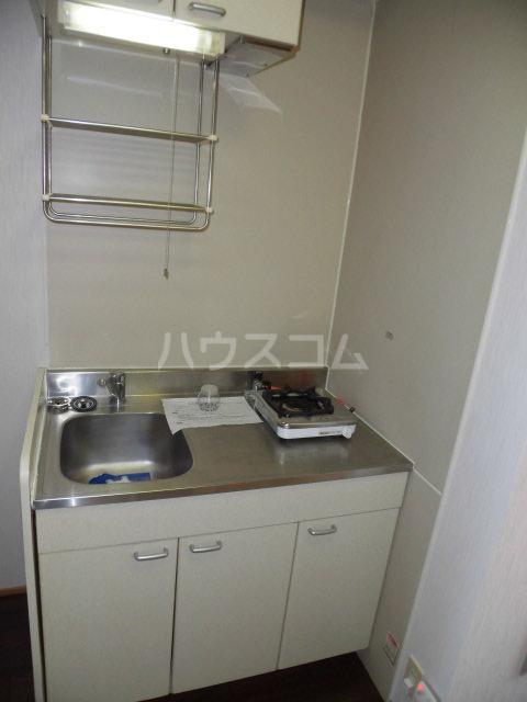ジュビロⅡ 201号室のキッチン