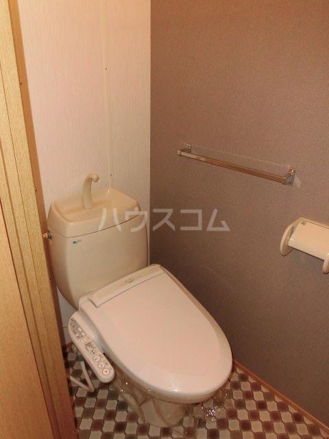 ジュビロⅡ 201号室のトイレ