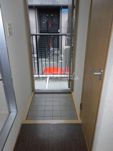 ジュビロⅡ 203号室の玄関
