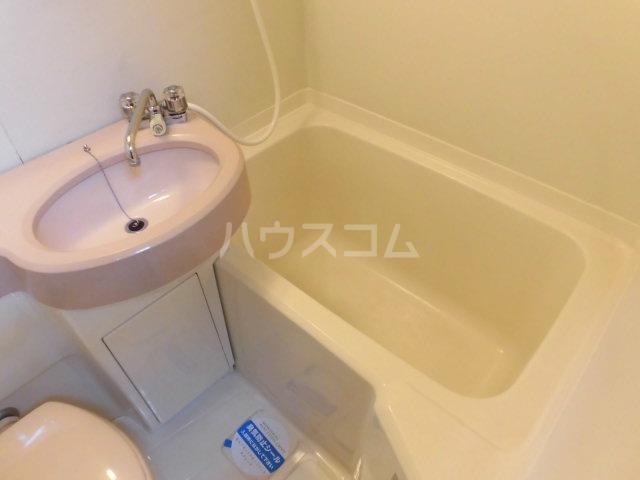 ベストライフ八洲 202号室の風呂