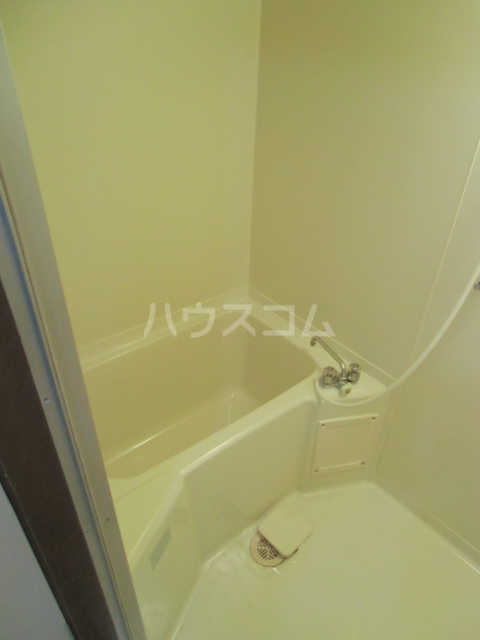 マンションサザンⅡ 402号室の風呂
