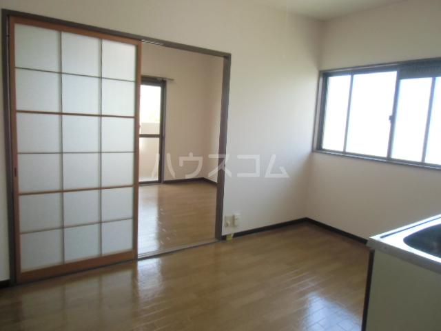 マンションサザンⅡ 402号室の居室