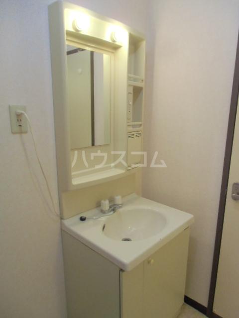 マンションサザンⅡ 403号室の洗面所