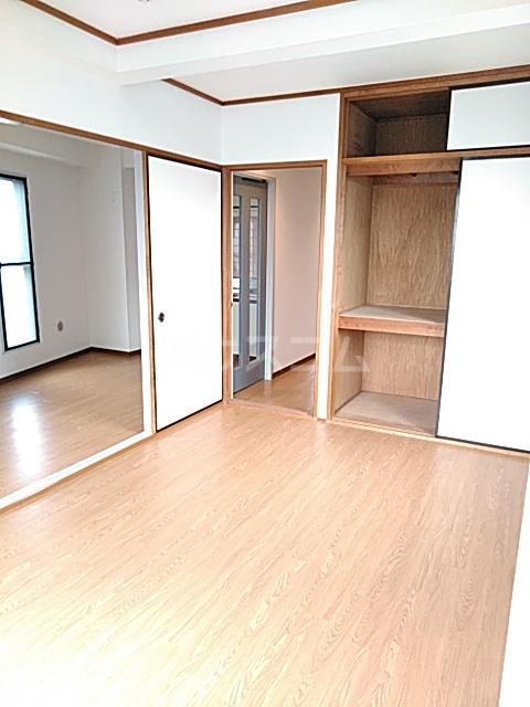 アメニティ・M 501号室の居室