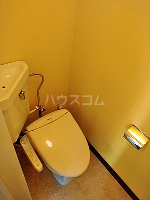 パークサイドハイツ 201号室のトイレ