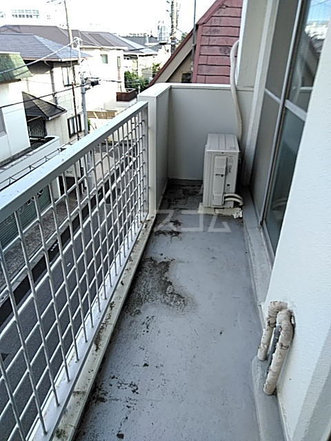 パークサイドハイツ 302号室のバルコニー