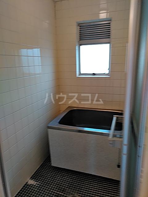 パークサイドハイツ 302号室の風呂