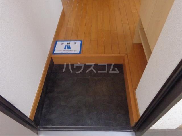 タブコートDee 201号室の玄関