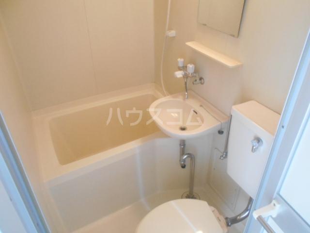 レザン池尻 406号室の風呂