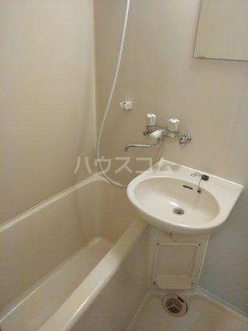 エルハーベン玉川台 301号室の風呂
