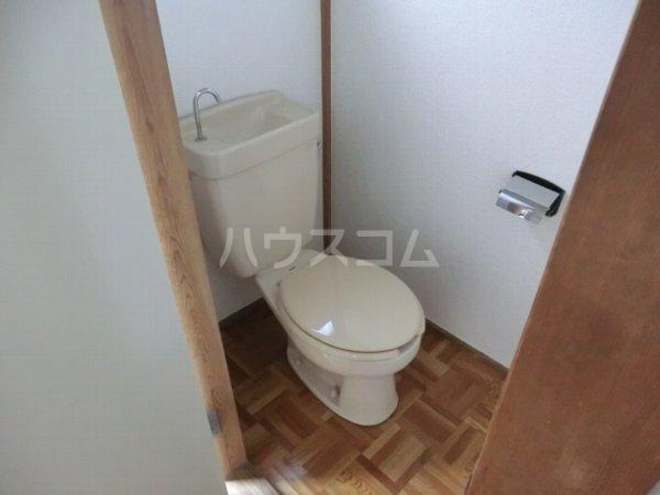 小島ハイツ 203号室のトイレ