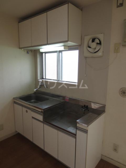 ラピス等々力 205号室のキッチン
