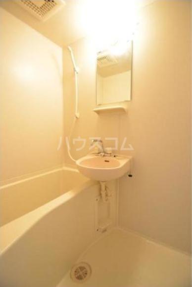 セント・ティアラ 601号室の風呂