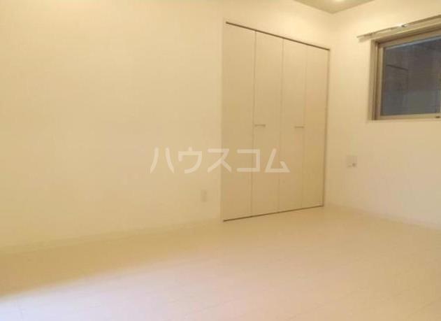 グランデュオ駒沢Ⅱ 104号室の居室
