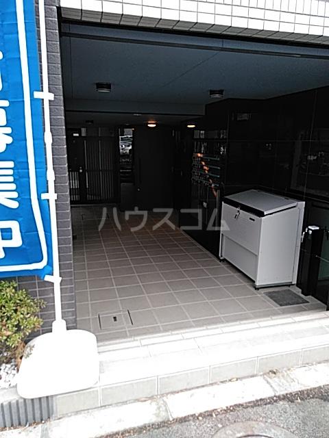コンポジット上野毛 203号室のエントランス