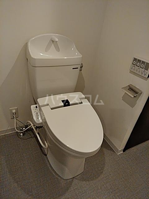 コンポジット上野毛 203号室のトイレ