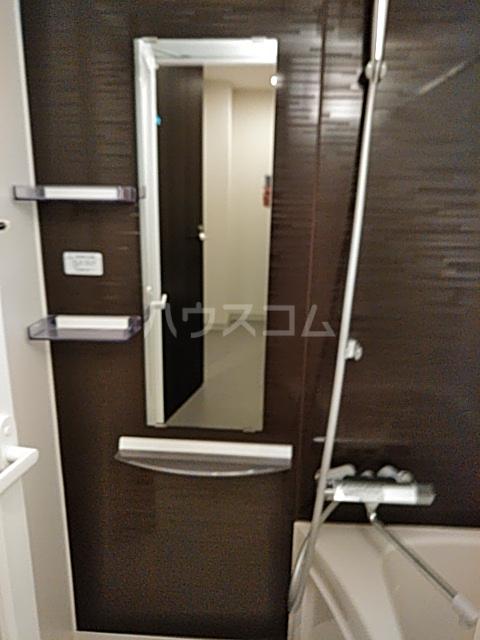 コンポジット上野毛 203号室の風呂