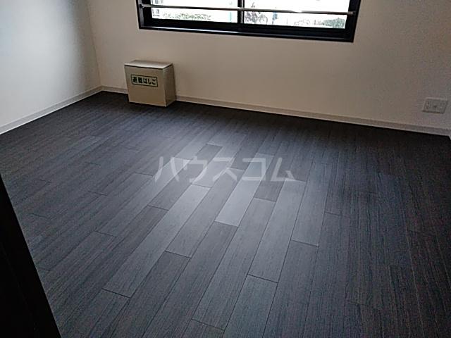 コンポジット上野毛 401号室の居室