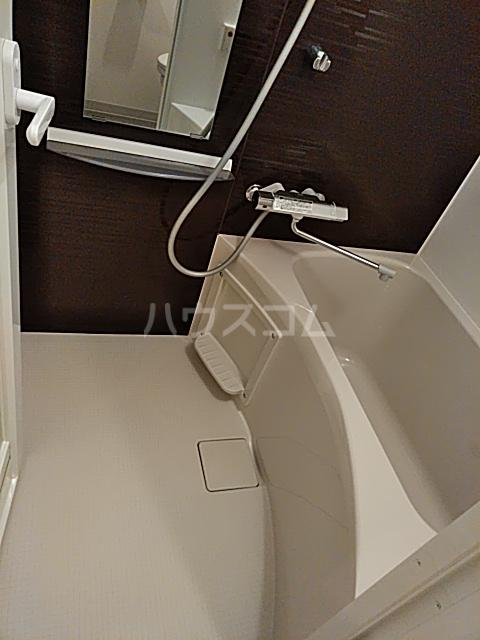 コンポジット上野毛 401号室の風呂