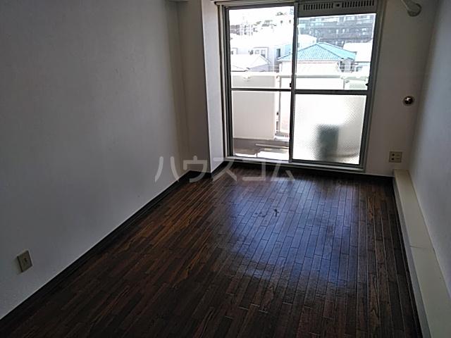 TOP横浜吉野町 407号室のリビング