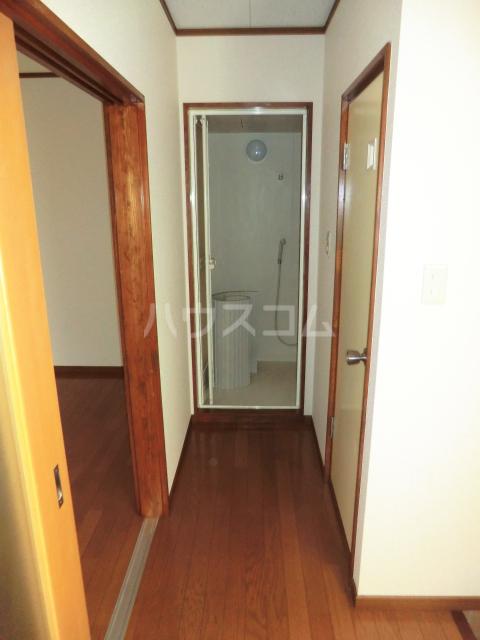 所沢アレイ 00201号室の玄関