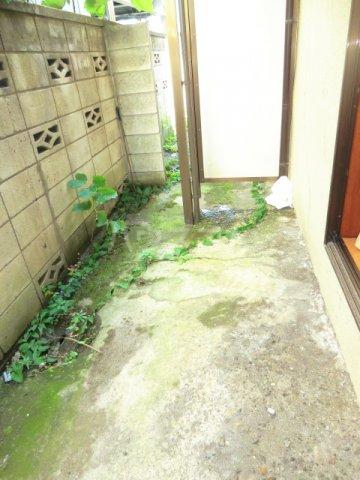所沢アレイ 00201号室の庭