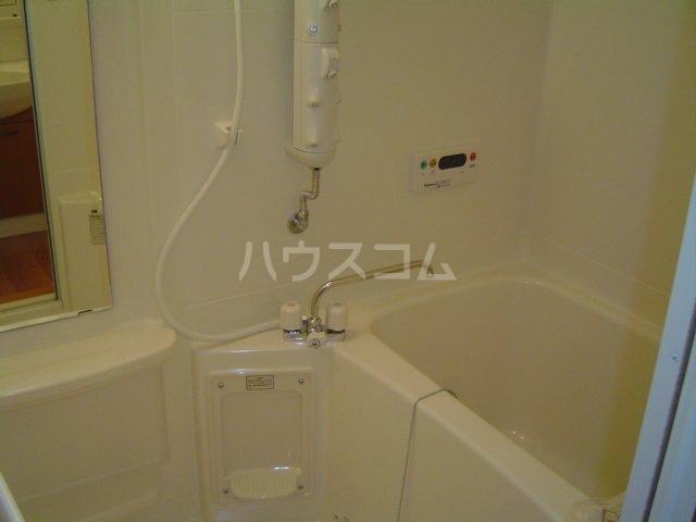 ラ・ルミナス秩父 101号室の風呂