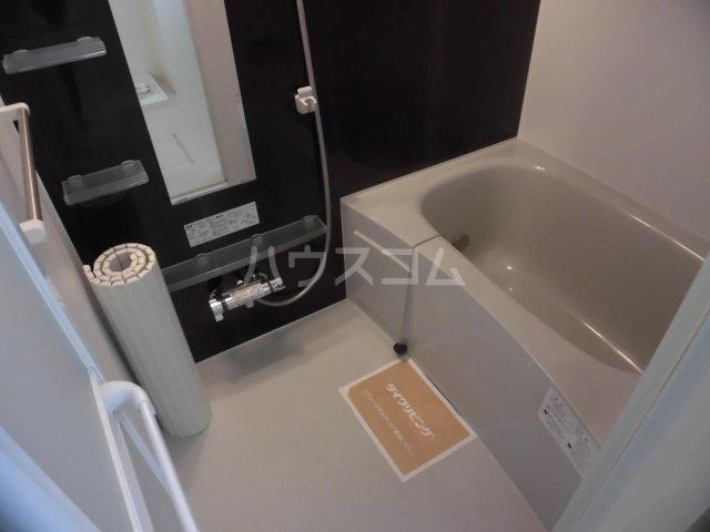シャルム B 00107号室の風呂