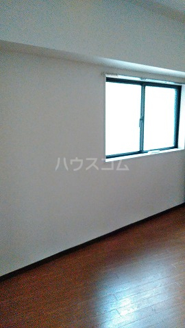 コスモスパジオ浦和常盤 101号室の居室