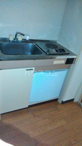 コスモスパジオ浦和常盤 406号室のキッチン