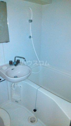 コスモスパジオ浦和常盤 406号室の風呂