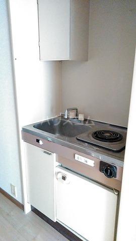 コスモスパジオ浦和常盤 603号室のキッチン