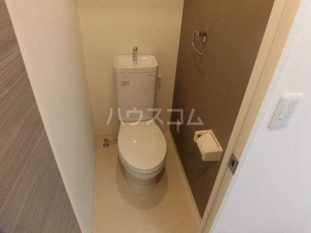ジュエルガーデン 00101号室のトイレ