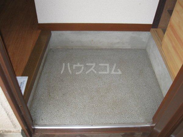 ミタマハイツ2 103号室の玄関